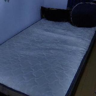 セミダブル宮付きベッド