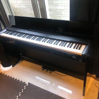 ヤマハ  高級電子ピアノ Privia PX-830BP 88鍵