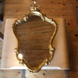 【ネット決済・配送可】ベルギー製のアンティークな鏡 取りに来られ...