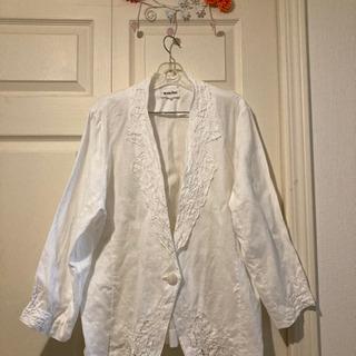 【ネット決済】麻の白いジャケット
