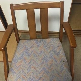 木製椅子 肘掛けつき