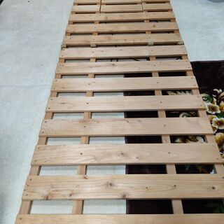 折り畳みスノコ2 2枚購入の方は、和歌山市内、配達無料します。