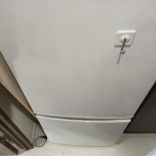 SHARP 2ドア冷蔵庫あげます。
