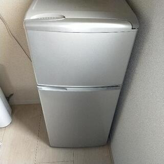 【多少の汚れあり、動作確認済】冷蔵庫_AQUA AQR-111B