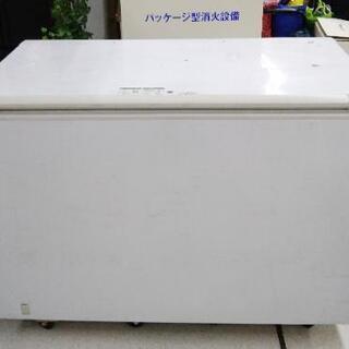 サンデン 業務用冷凍ストッカー 500L  SH-500XB  ...
