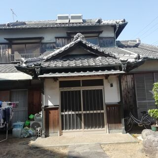 和歌山市古屋 市街地の古民家