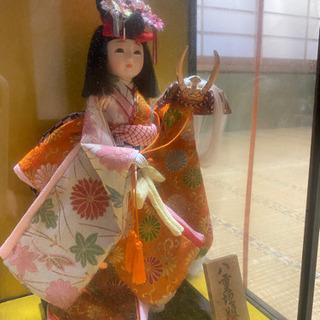 日本人形 童人形 姫だるま 破魔矢など、民芸品無料で差し上げます