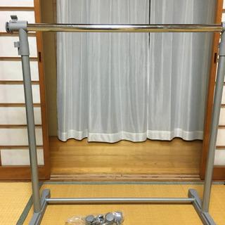 ニトリ 伸縮式ハンガーラック
