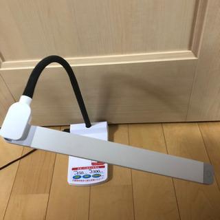 数回使用*°卓上LEDライト USBポート付き