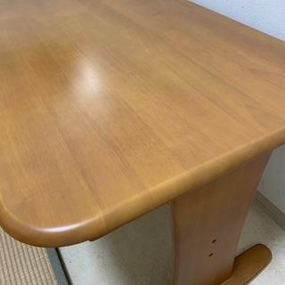 ダイニングテーブル(119cm×74cm×高さ69cm)