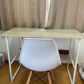 受け取り予定者確定済み【無料】机と椅子