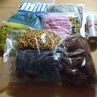 犬の洋服など(1点100円〜)