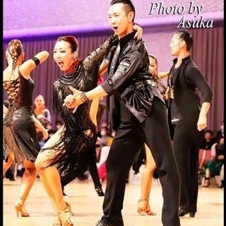 ひとりで踊れる!身体を使って動く‼︎