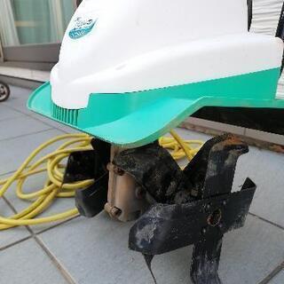 (取引中)電動 耕運機 2回のみ使用の美品 - 河北郡
