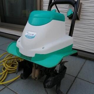 (取引中)電動 耕運機 2回のみ使用の美品 − 石川県