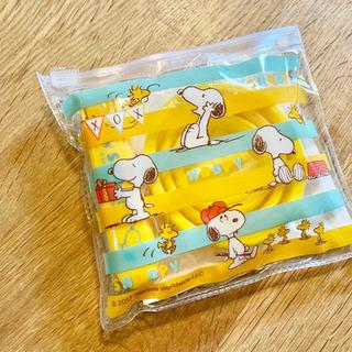 【スヌーピーの歯磨きセット】歯ブラシと折り畳みコップのセット
