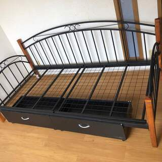 ソファーシングルベッド