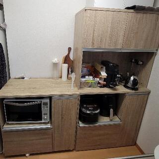 キッチンボード 収納