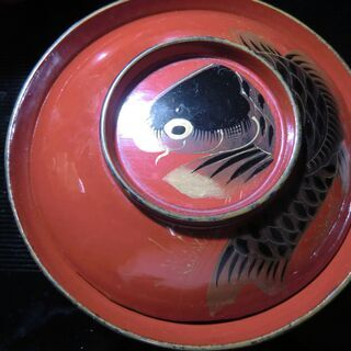 蓋つき碗 鯉の蒔絵 ③/3