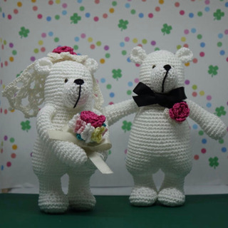 クマの編みぐるみを、委託してくれる店舗、フリマに出される方…