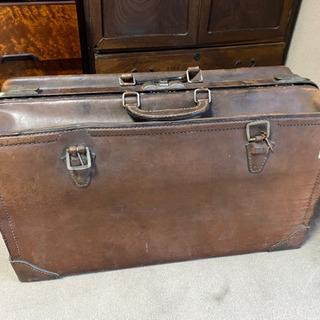 <再値下げしました>アンティーク 革の旅行鞄
