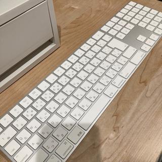 Apple Magic Keyboard(テンキー付き)- 日本...