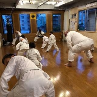沖縄伝統空手 会員募集 - スポーツ