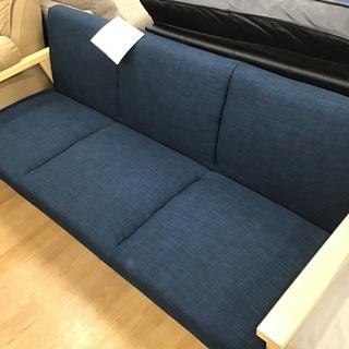 【取りに来れる方限定】3人掛けソファーです!!!!