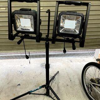 【値下げ】マキタ 充電式LEDスタンドライト コードレス投光器 ...