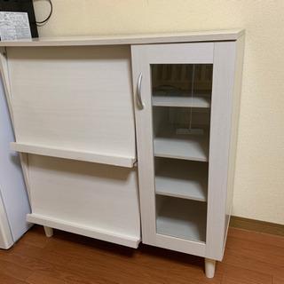 【値下げしました】戸棚、食器棚、キャビネット、キッチンボード