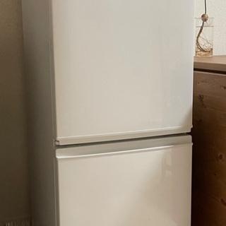 【お取引中】冷蔵庫 SHARP 2ドア 137L 2016年製 ...
