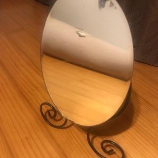 IKEAの鏡