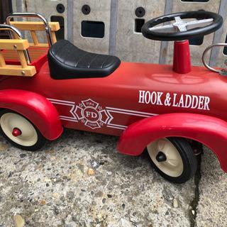 HOOK&LADDER  消防車 子供用 クルマ 幼児 乗り物