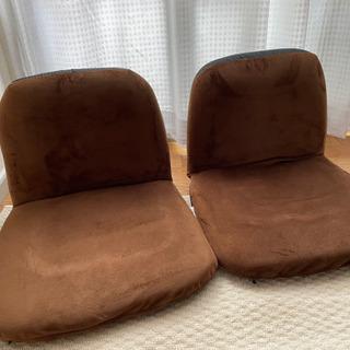 座椅子二脚