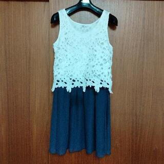 Lサイズ紺&白ワンピ