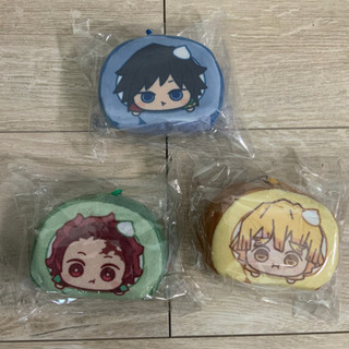 【新品】鬼滅の刃 ロールケーキ型キーホルダー 3個セット