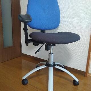 【ネット決済】片方だけ肘がけありパソコンデスク用椅子