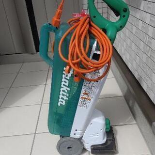 マキタ電動芝刈機 MLM1610
