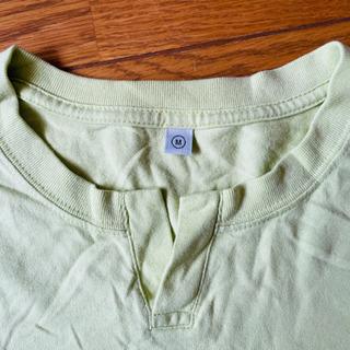 ユニクロ 長袖カットソー 黄緑 Mサイズ