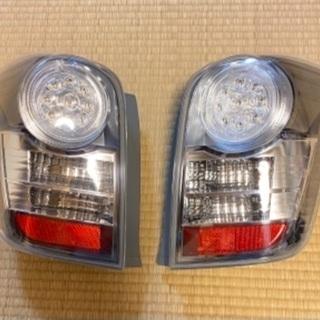 【ネット決済】トヨタカローラフィールダー用テールランプ
