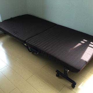 中古 折りたたみベッド 幅90  奥行200  高さ30 …