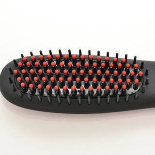 ブラシなのにヘアアイロン BEREZO/ベレッゾ ブラシ型ヘアアイロン  - 家電