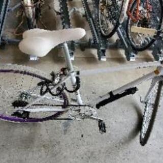 【ネット決済】クロスバイク ホワイト