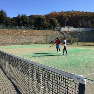船橋、柏、市川、鎌ヶ谷、松戸、浦安を中心に活動しているテニスサー...