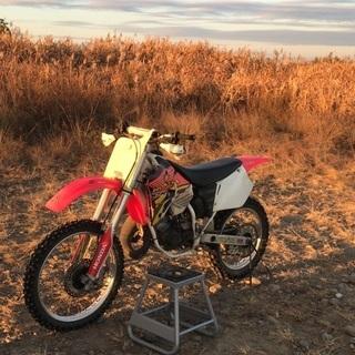 モトクロッサー cr125 モトクロス オフロードバイク