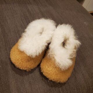 新品!モコモコ靴