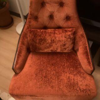 オシャレな椅子3脚あります。