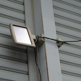 ソーラーパネル ソーラー屋外灯の残り 開放7.9V 5V充電用?