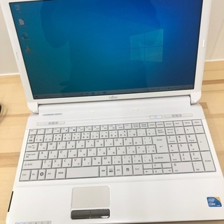 【ネット決済】中古パソコン FMVA533AW(美品)(新品SS...