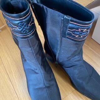 ゴアテックス素材 婦人ブーツ 22.0cm